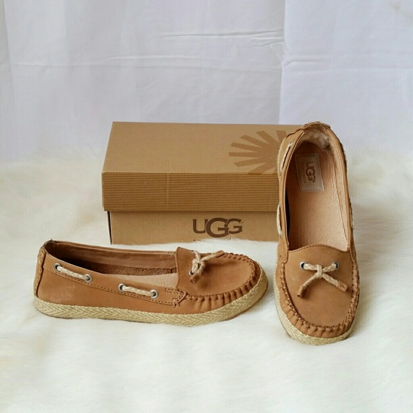 b3bfd783686 UGG Chivon Chestnut Suede Loafer Flat Shoes
